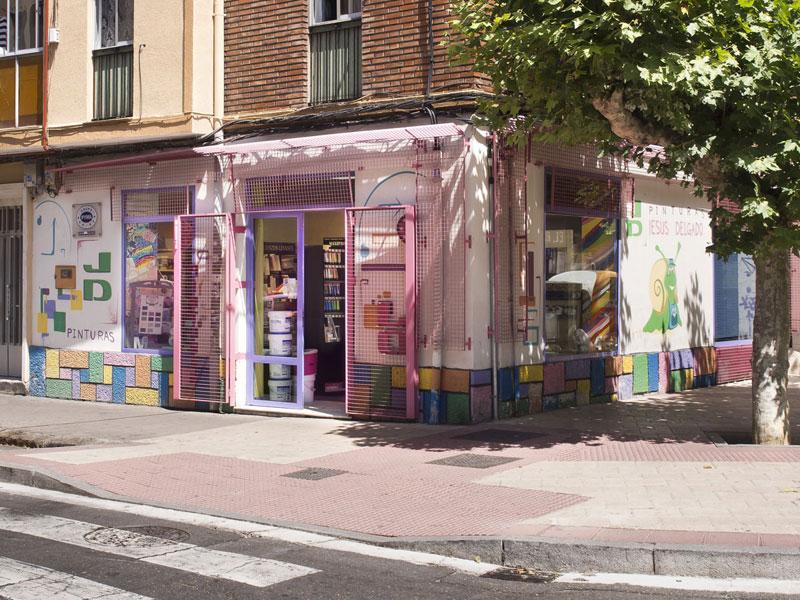 pinturas-jesus-delgado-fachada-tienda